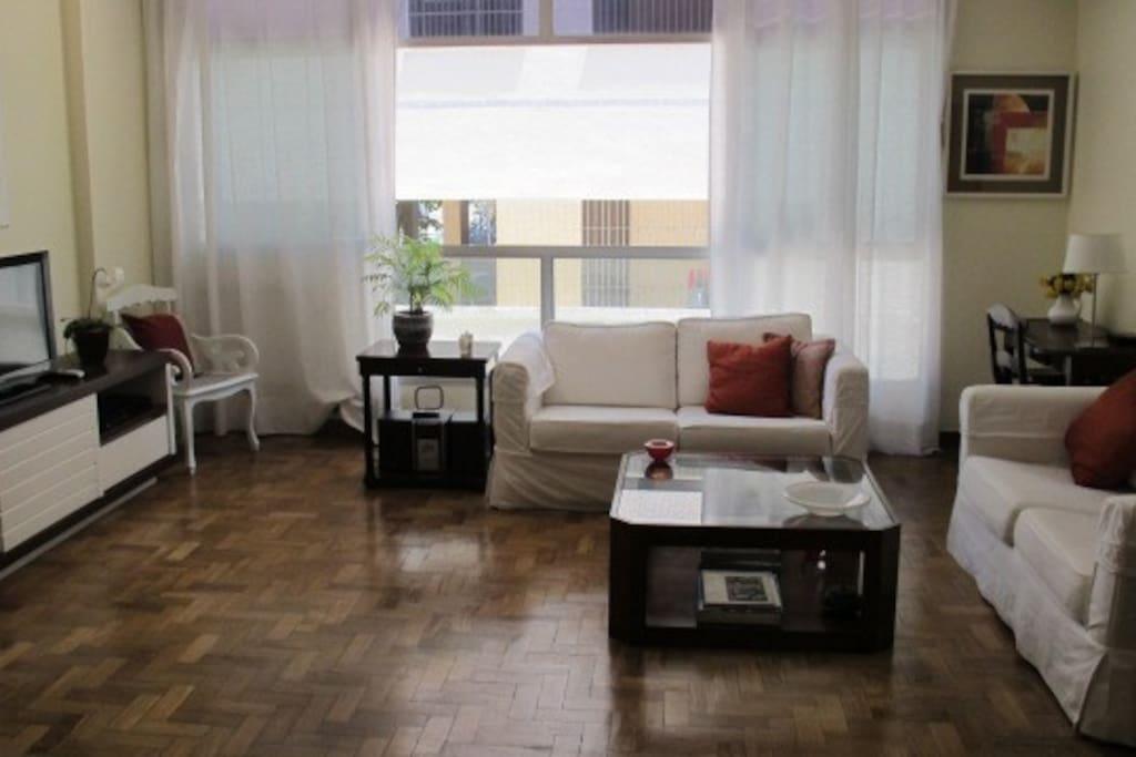Beautiful apartment in São Conrado