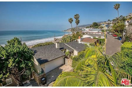 Ocean front house (view and sand) - Los Angeles - Dom