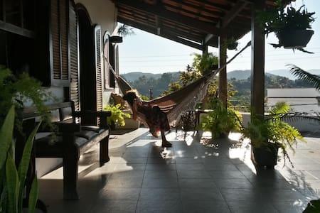 CASA DE VASSOURAS - Casa