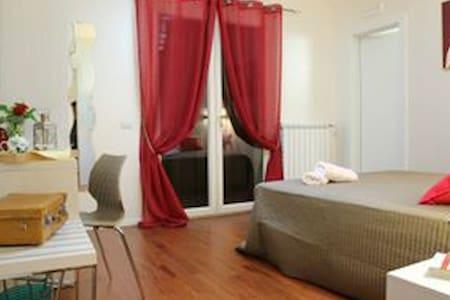 Dimora centro storico -Suite Bacco- - Bed & Breakfast