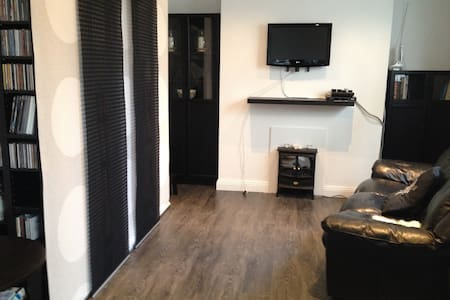 Cute Ranelagh Studio Cottage