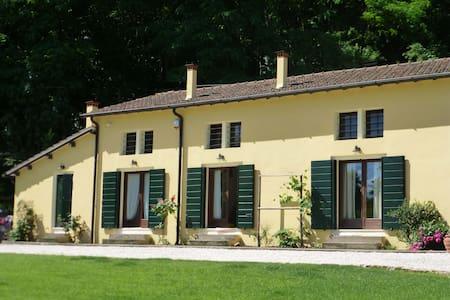 Bb Calto della Scala-Colli Euganei - Bed & Breakfast