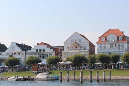 Ferienwohnung Travemünde, strandnah - Lübeck
