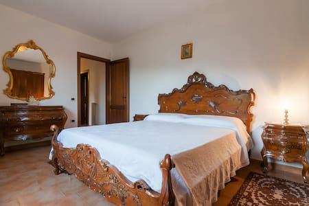 Indipendent Floor-South Sardinia - Poggio dei Pini - House