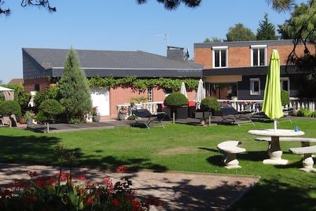 Villa familiale avec piscine - Carency - Villa