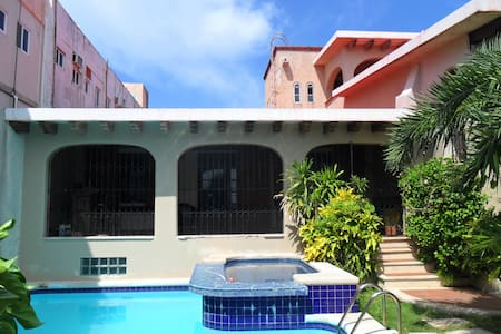 GUEST HOUSE AT THE BEACH - Cancún - Huis