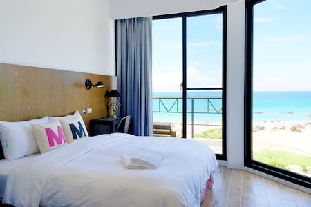 Amazing Sea view room Beach area - Bed & Breakfast