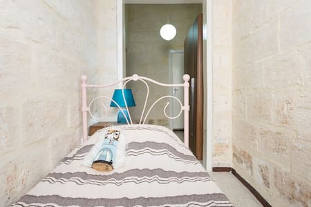 Single bedroom in Rabat near Medina