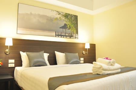 Deluxe Double Room /The Bloom - Bangkok - Apartment