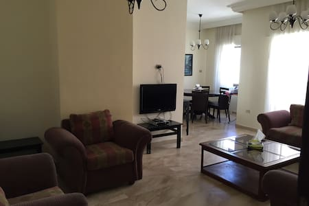 2 Bedroom Apartment 201, Shmeisani - Amman - Apartment
