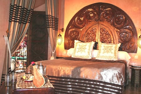 Elegant double bedroom JASMIN - Marrakesh - Bed & Breakfast