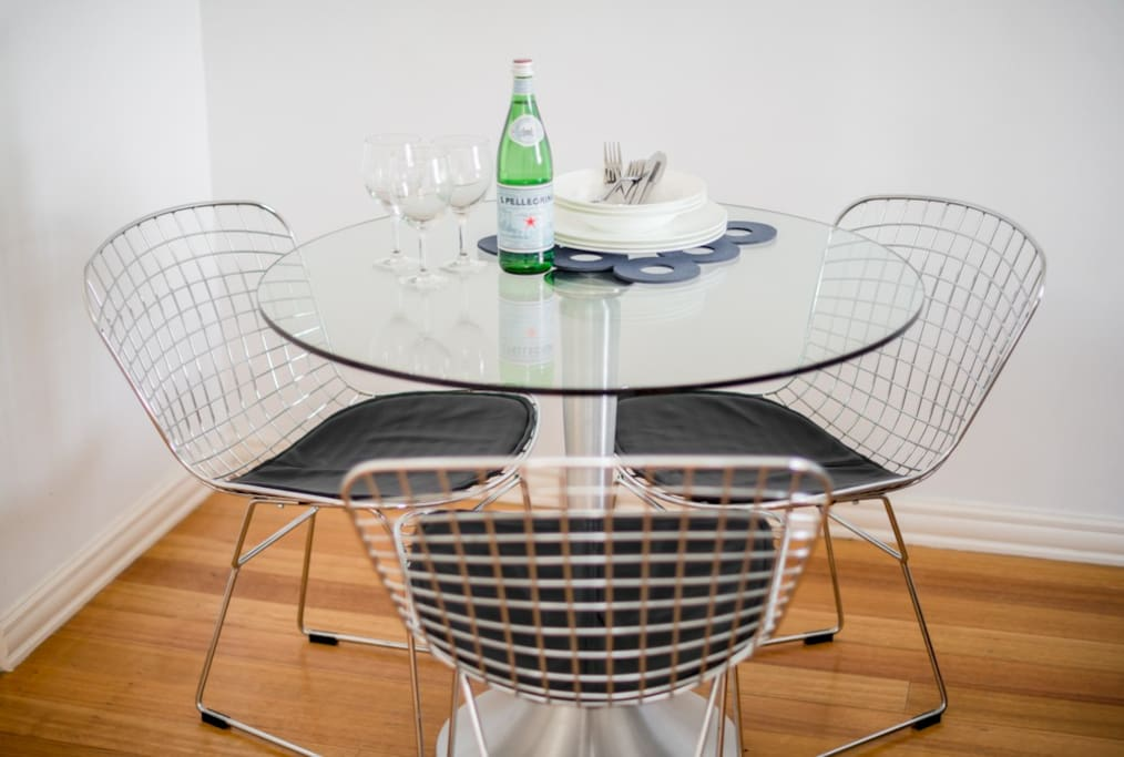 Dining table for 3
