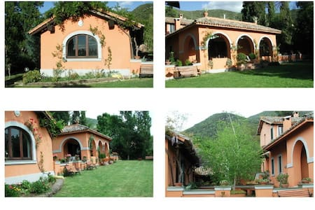 Casale 2 SPA Biliardo Piscina Lago - Haus