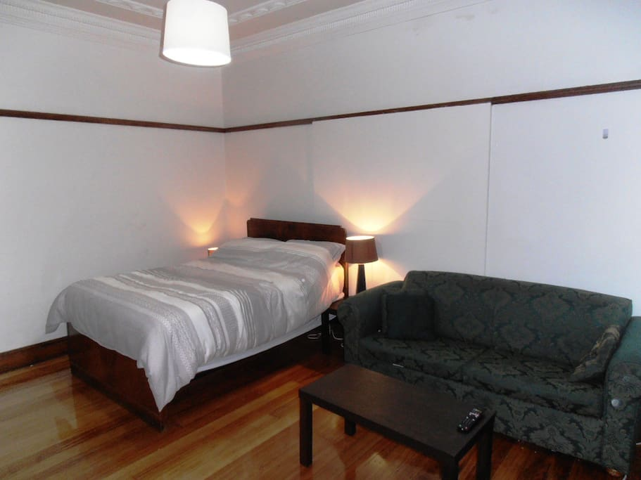 Double bed 3 seater couch