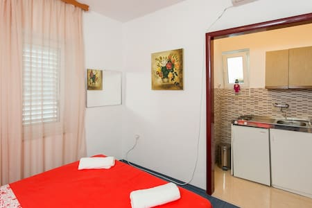 GH Kusalo - Studio Apartment with Patio - Dubrovnik - Apartment