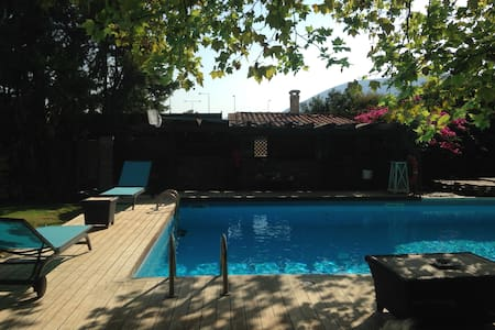 House with pool near the airport - Pallini