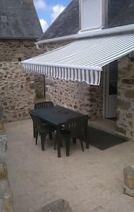 BELLE MAISONNETTE  BRETONNE - Dům