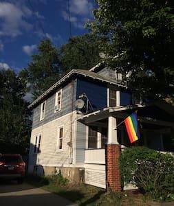 Chez Sasha - Ház