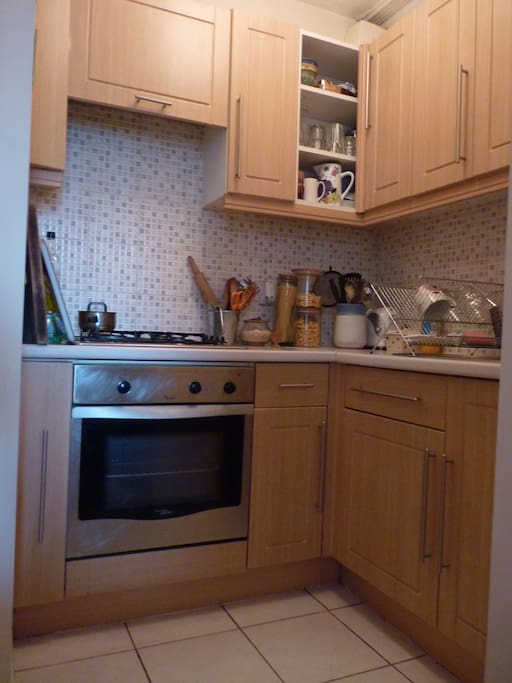 Kitchen - Gas cooker & Hob and Water Filter