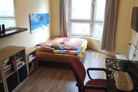 Bedroom at Potsdamer Platz! - Apartment