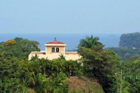 Elegant Oceanview Ojochal Rental
