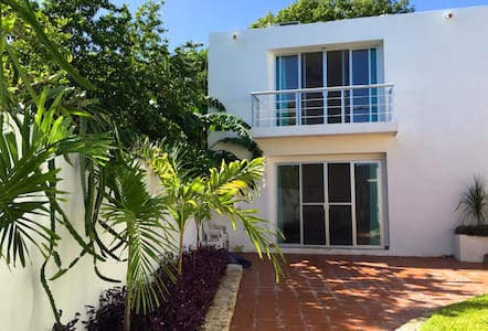 Beautiful house&garden in Campeche - Campeche - House
