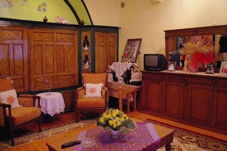Homestay at Acropolis(only woman) - Dům