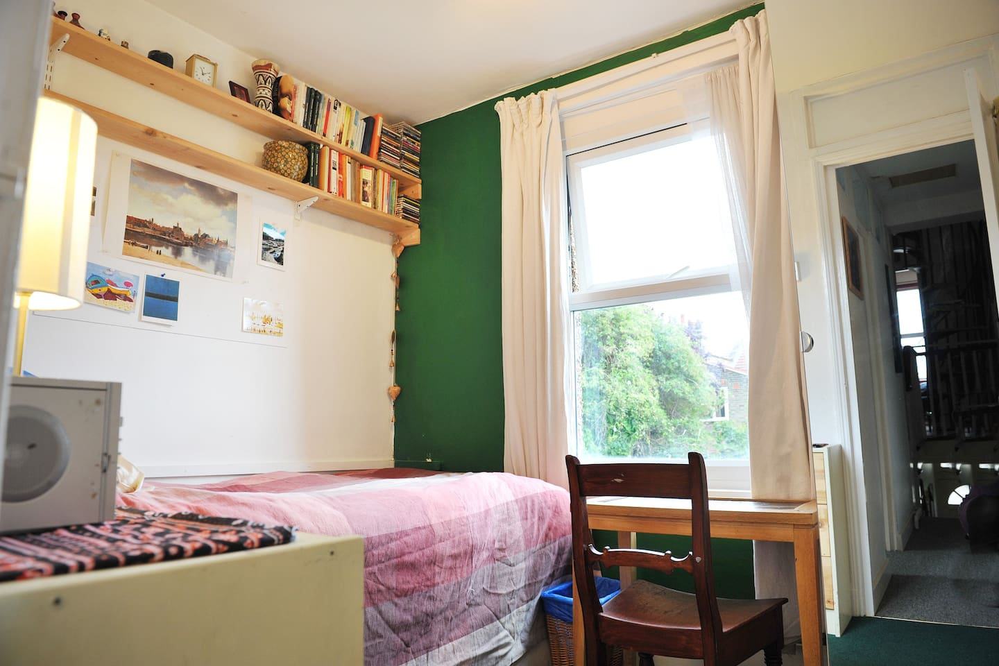 Single room for £28 with breakfast