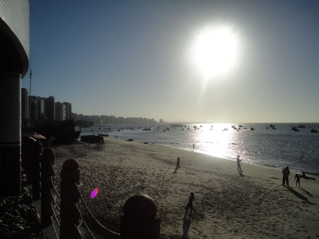 Wonderful view from swimming pool on the most famous street in town: Beira Mar
