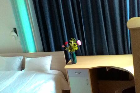 Lovely room in the heart of town center - Apartment