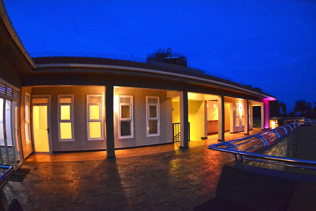 Rooftop terrace for relation and hosting of guests