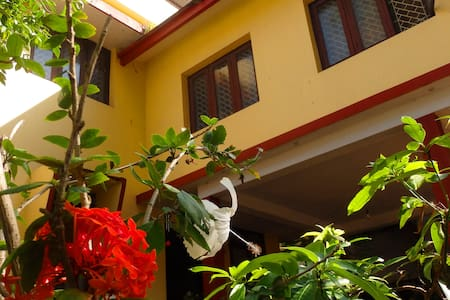 Spacious INN FORT KOCHI HOMESTAY - Bed & Breakfast