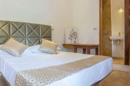 Viento del Mar - Luxury AC room 3 - Hus