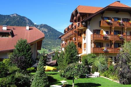Hotel Luna Mondschein - Bed & Breakfast