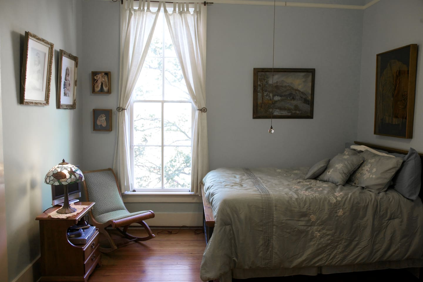 Natalie's Room has a full sized bed and serene furnishings.