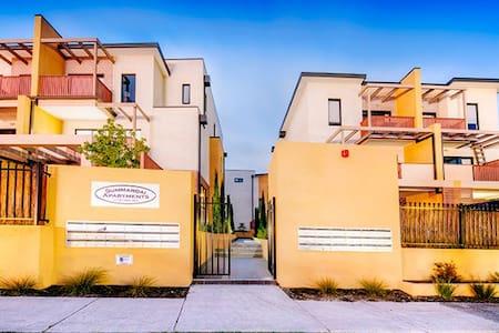 Superbly spacious luxury living - Frankston South - Apartment