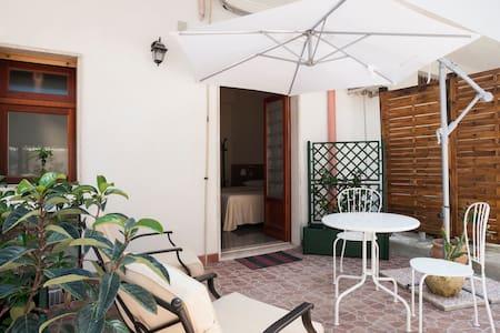 B&B MELIBLEO Terrazza sugli Iblei - Bed & Breakfast