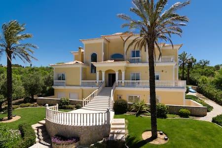 8 bedroom luxury private villa. - Luz - Casa de camp