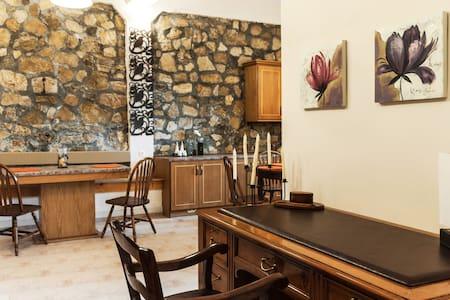 Villa Voucamvilia, Chania, Crete - Villa
