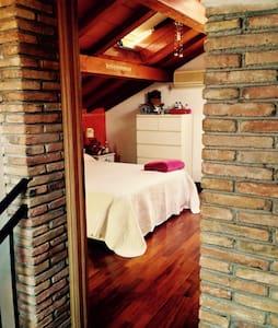 Centralissima mansarda con terrazza - Apartment