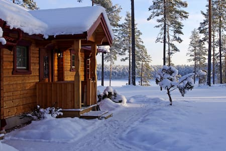 Sasvilan -Luxury Lakeside Holiday home - Mora - Huis