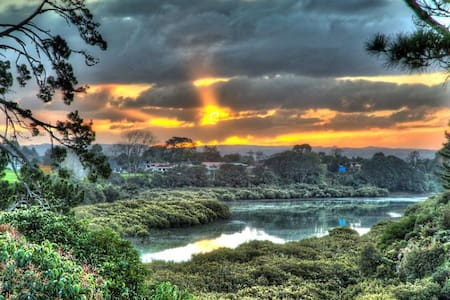 Cosy house with amazing view - Waiuku - House