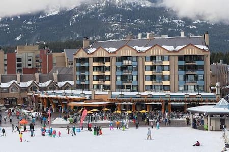 Modern & Spacious- Whistler Village