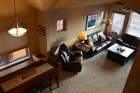 Our loft is a great place for travelers and friends to come hang for a weekend of skiing. Located right behind the Safeway in Fraser, just 2.5 miles from downtown Winter Park, this is the perfect mountain weekend getaway.