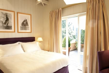 Superior Room - Kefalari Suites  - Athen - Andere