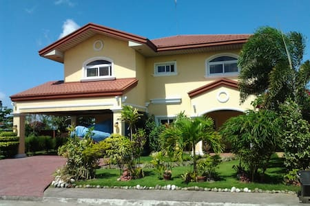Sunset Beach Villa - Bed & Breakfast