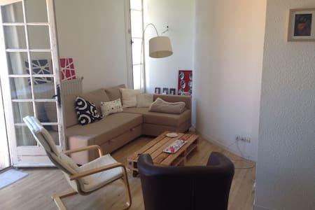 Superbe appartement proche Sète - Huoneisto