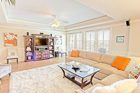 Watercolor Townhome-3BR-AVAIL10/22-10/26 $1737 -RJFunPass*Buy3Get1FreeThru12.31*30A-BeachDistrict - Σπίτι