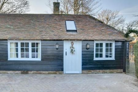 The Quaives  - Songbird Cottage - Kent - Casa