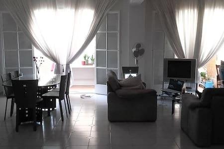 Large, central maisonette - Sparti - Appartement